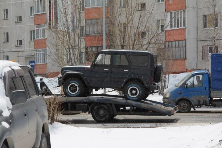 """""""УАЗ Ассистанс"""" позволит вызывать эвакуатор для сломавшихся в дороге автомобилей"""