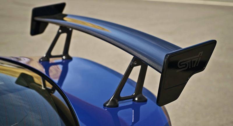Subaru продемонстрирует обновленный седан WRX STI восьмого июня