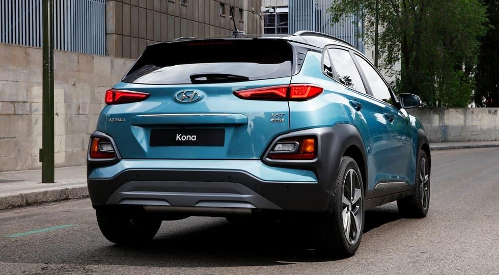 Новенький компакт-кросс Hyundai Kona корейцы официально представили на выставке в Сеуле
