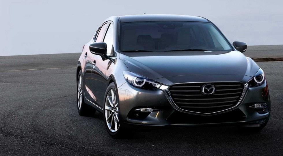 В США и Канаде отзывают сотни тысяч седанов Mazda
