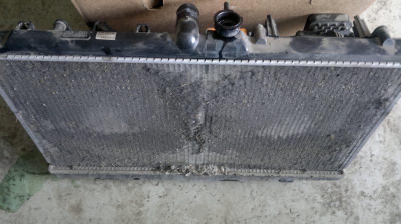 Уход за двигателем - забитый радиатор
