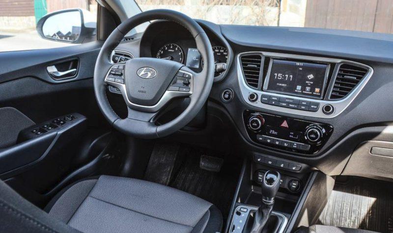 Интерьер новых Hyundai Solaris