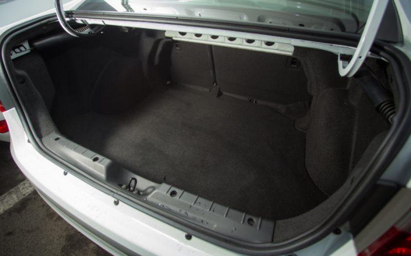 Багажник Лады Весты