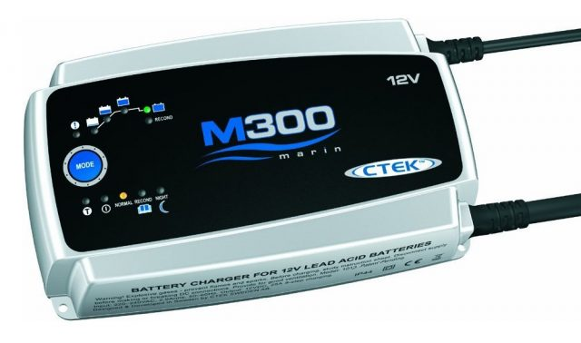 Автомобильное зарядное устройство ЗУ Ctek M 300