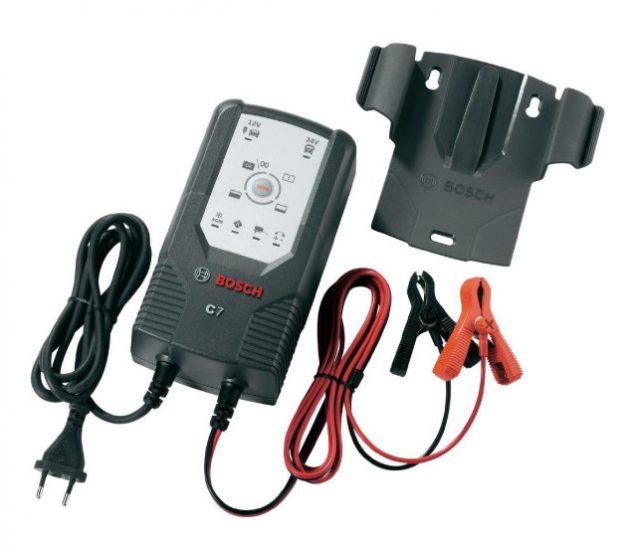 Автомобильное зарядное устройство Bosch C7