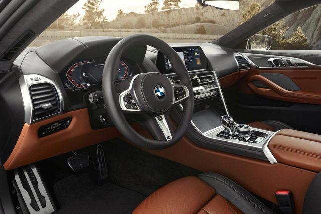 Салон BMW X8