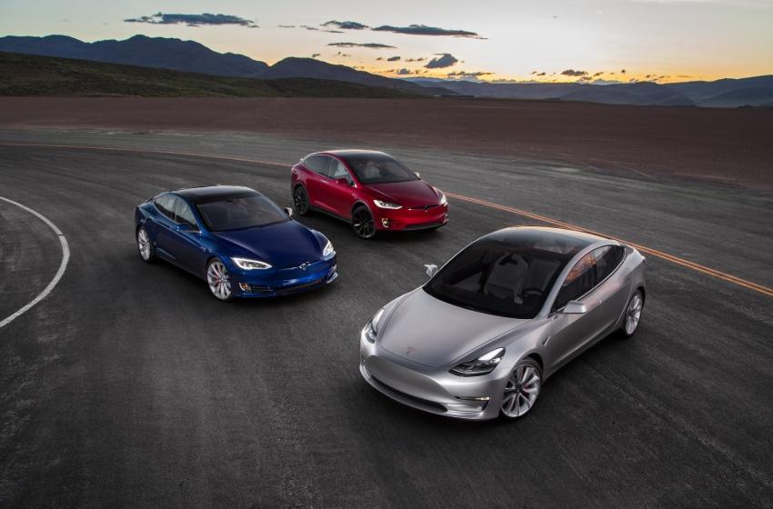 3 электромобиля