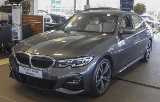 Новая BMW 3 серии 2019 года