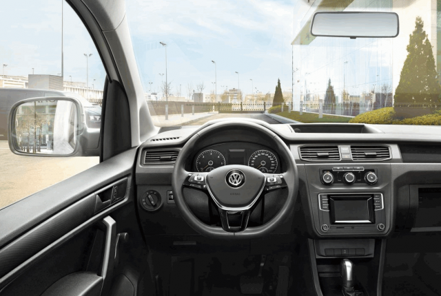 Грузовые автомобили VW Crafter и Caddy: чем они отличаются