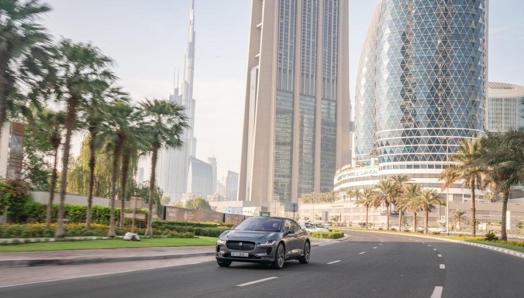 Автономный Jaguar I-PACE