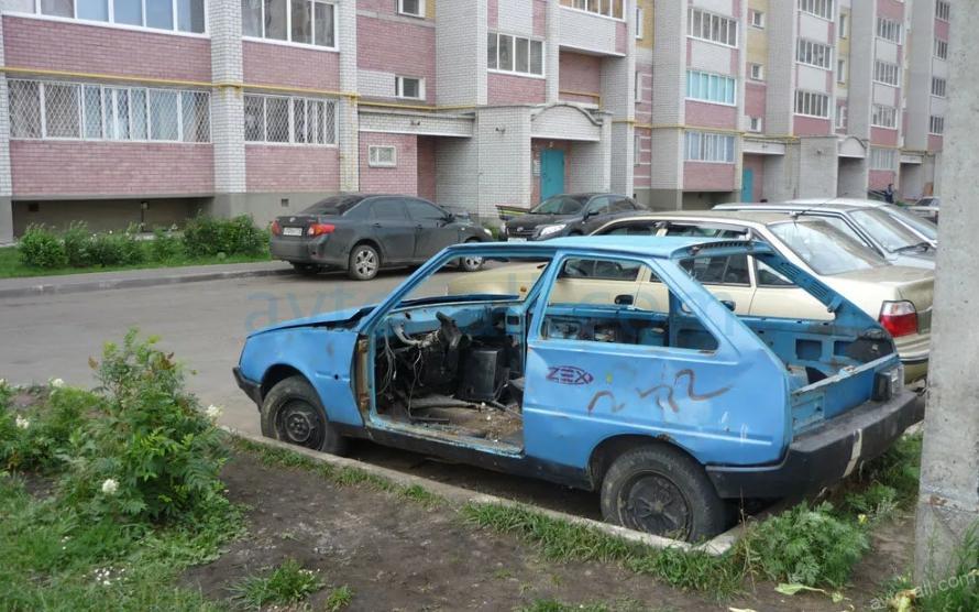 Broshennoye avto