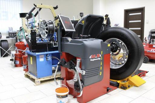 Какое оборудования нужно для шиномонтажного участка
